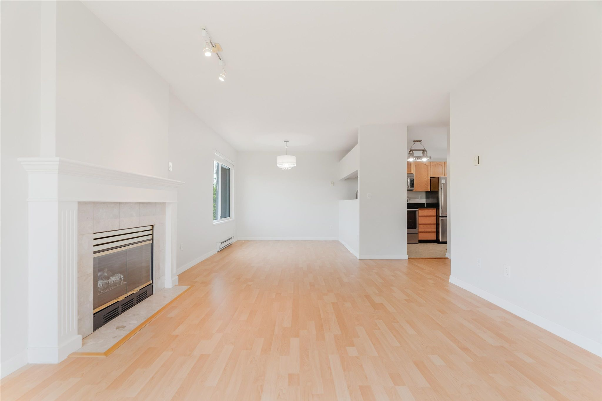 Photo 4: Photos: 303 1171 PIPELINE Road in Coquitlam: New Horizons Condo for sale : MLS®# R2607932
