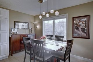 Photo 5: 63 WOODBOROUGH Crescent SW in Calgary: Woodbine Detached for sale : MLS®# C4275508