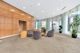 Photo 2: 2704 1200 ALBERNI STREET in Vancouver: West End VW Condo for sale (Vancouver West)  : MLS®# R2519364