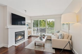"""Photo 3: 309 2628 YEW Street in Vancouver: Kitsilano Condo for sale in """"Connaught Place"""" (Vancouver West)  : MLS®# R2617143"""