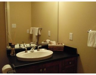 """Photo 8: 311 315 KNOX Street in New_Westminster: Sapperton Condo for sale in """"SAN MARINO"""" (New Westminster)  : MLS®# V751497"""