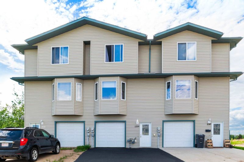 FEATURED LISTING: 1209 13 Street Cold Lake