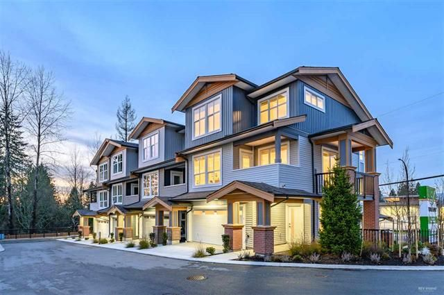 Main Photo: 517 13789 107A Avenue in Surrey: Whalley Condo for sale (North Surrey)  : MLS®# R2430241