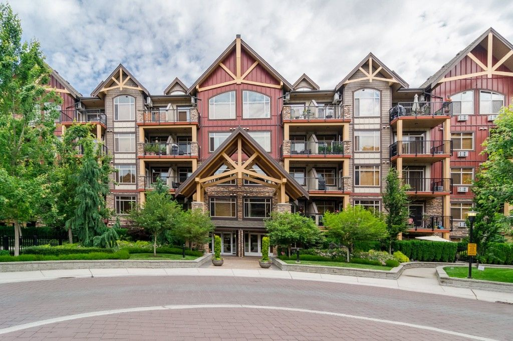 Welcome to #155 - 8328 207A Street, Langley, BC in the Sought-After Yorkson Creek Condominium Complex!