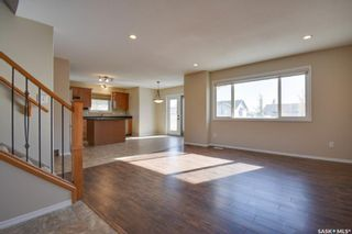 Photo 4: 320 Quessy Drive in Martensville: Residential for sale : MLS®# SK872084