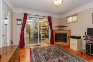 Photo 13: 1 752 Lampson St in Esquimalt: Es Rockheights House for sale : MLS®# 761678