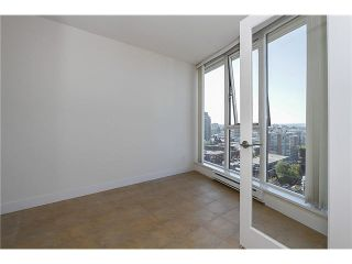 """Photo 14: 1404 1483 W 7TH Avenue in Vancouver: Fairview VW Condo for sale in """"VERONA OF PORTICO"""" (Vancouver West)  : MLS®# V1082596"""