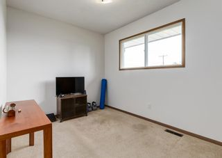 Photo 17: 7107 Hunterview Drive NW in Calgary: Huntington Hills Detached for sale : MLS®# A1130573