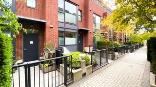 Photo 2: 202 1961 COLLINGWOOD Street in Vancouver: Kitsilano Townhouse for sale (Vancouver West)  : MLS®# R2619737