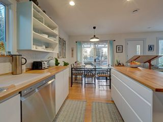 Photo 9: 3268 BEACH Avenue: Roberts Creek House for sale (Sunshine Coast)  : MLS®# R2523146