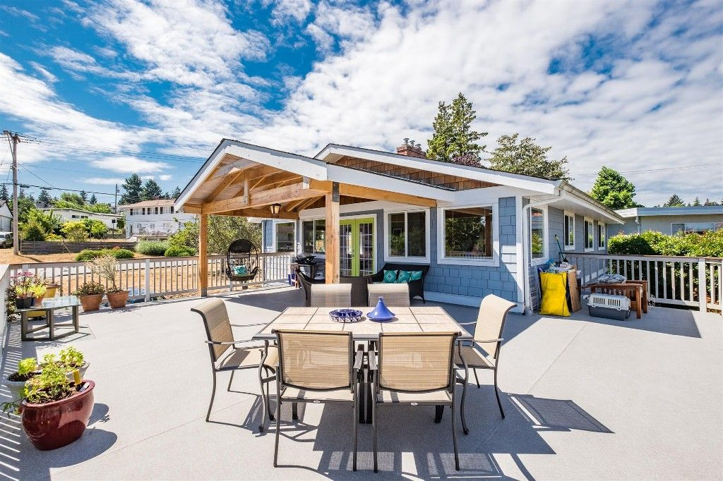Main Photo: 1615 Argyle Avenue in Nanaimo: Departure Bay House for sale : MLS®# VIREB#428820