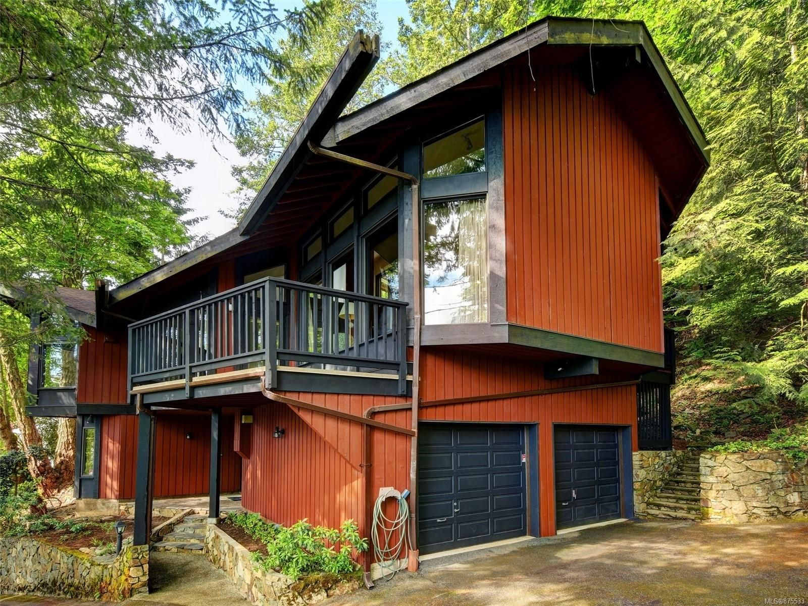 Main Photo: 4616 Cliffwood Pl in : SE Broadmead House for sale (Saanich East)  : MLS®# 875533