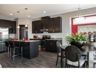 Photo 3: 143 LAKEBOURNE Drive in WINNIPEG: West Kildonan / Garden City Residential for sale (North West Winnipeg)  : MLS®# 1507417
