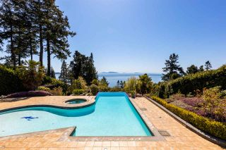 """Photo 30: 13778 MARINE Drive: White Rock House for sale in """"WHITE ROCK"""" (South Surrey White Rock)  : MLS®# R2568482"""