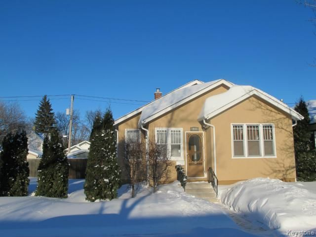 Main Photo:  in WINNIPEG: East Kildonan Residential for sale (North East Winnipeg)  : MLS®# 1401150
