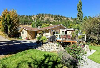 Photo 1: 6057 Jackson Crescent: Peachland House for sale : MLS®# 10214684