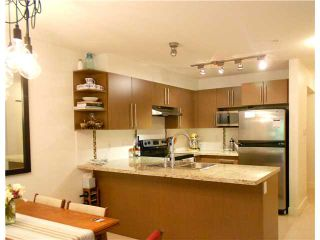 """Photo 5: 107 2088 BETA Avenue in Burnaby: Brentwood Park Condo for sale in """"MEMENTO"""" (Burnaby North)  : MLS®# V956831"""