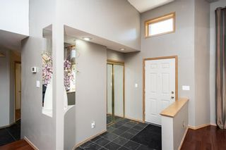 Photo 4: 280 Barlow Crescent in Winnipeg: River Park South Residential for sale (2F)  : MLS®# 202119947