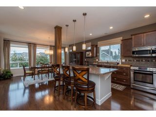 """Photo 2: 2060 RIESLING Drive in Abbotsford: Aberdeen House for sale in """"Pepin Brook"""" : MLS®# R2435586"""