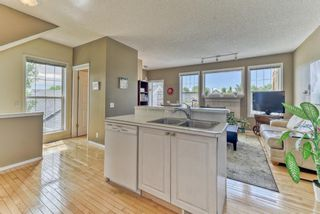 Photo 10: 128 Inverness Square SE in Calgary: McKenzie Towne Row/Townhouse for sale : MLS®# A1119902