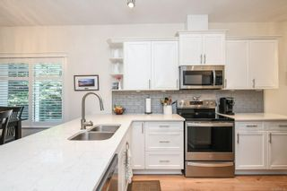 Photo 11: 213 930 Braidwood Rd in : CV Courtenay City Row/Townhouse for sale (Comox Valley)  : MLS®# 878320