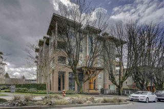 """Photo 14: 409 139 W 22ND Street in North Vancouver: Central Lonsdale Condo for sale in """"Anderson Walk"""" : MLS®# R2382264"""