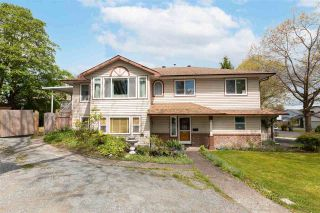 Photo 1: 6461 129A Street in Surrey: West Newton House for sale : MLS®# R2576802