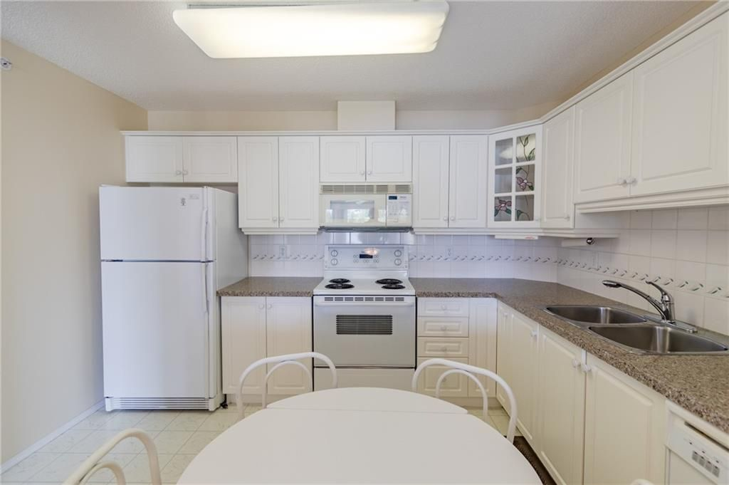Photo 12: Photos: 3303 HAWKSBROW Point NW in Calgary: Hawkwood Apartment for sale : MLS®# C4305042