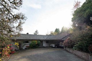 Photo 1: 824 ANDERSON Crescent in West Vancouver: Sentinel Hill House for sale : MLS®# R2418344