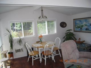 """Photo 10:  in Sechelt: Sechelt District House for sale in """"TSAWCOME"""" (Sunshine Coast)  : MLS®# R2466558"""