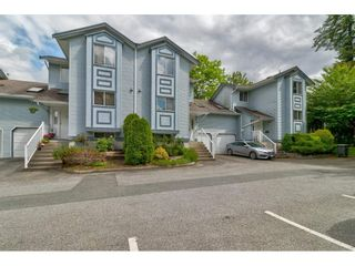 """Photo 2: 15 19252 119 Avenue in Pitt Meadows: Central Meadows Townhouse for sale in """"Willow Park 3"""" : MLS®# R2584640"""