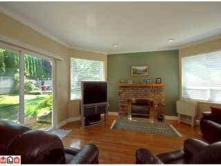 """Photo 3: 5986 SOUTHPARK Grove in Surrey: Panorama Ridge House for sale in """"BOUNDARY PARK"""" : MLS®# F1023569"""