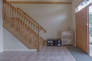 Photo 5: 5120 GEORGIA Street in Burnaby: Capitol Hill BN 1/2 Duplex for sale (Burnaby North)  : MLS®# R2393154