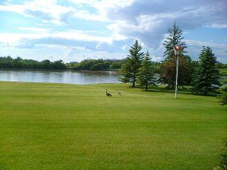 Photo 17: 561 DANKO Drive in ESTPAUL: Birdshill Area Residential for sale (North East Winnipeg)  : MLS®# 1202033