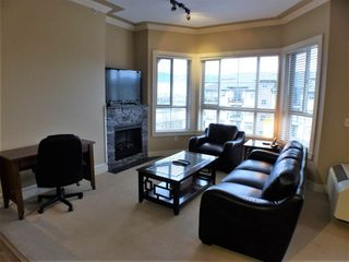Photo 2: 406 9000 BIRCH STREET in Chilliwack: Chilliwack W Young-Well Condo for sale : MLS®# R2235319