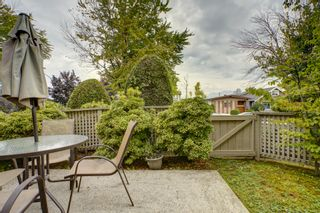 """Photo 17: 1 3770 MANOR Street in Burnaby: Central BN Condo for sale in """"CASCADE WEST"""" (Burnaby North)  : MLS®# R2403593"""