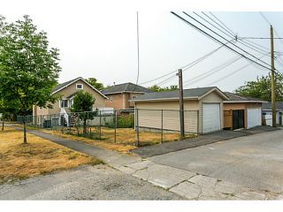 Photo 6: 297 E 46TH AV in Vancouver: Main House for sale (Vancouver East)  : MLS®# V1133840