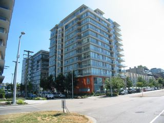 """Main Photo: 607 1833 CROWE Street in Vancouver: False Creek Condo for sale in """"Foundry"""" (Vancouver West)  : MLS®# R2621498"""