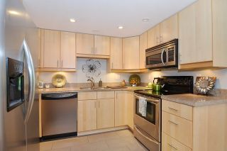 Photo 9: 305 1188 QUEBEC STREET in Vancouver: Mount Pleasant VE Condo for sale (Vancouver East)  : MLS®# R2009498