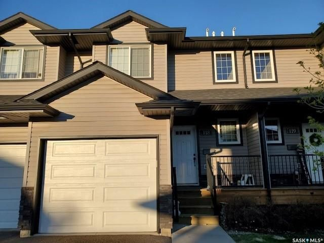 Main Photo: 118 901 4th Street South in Martensville: Residential for sale : MLS®# SK856519