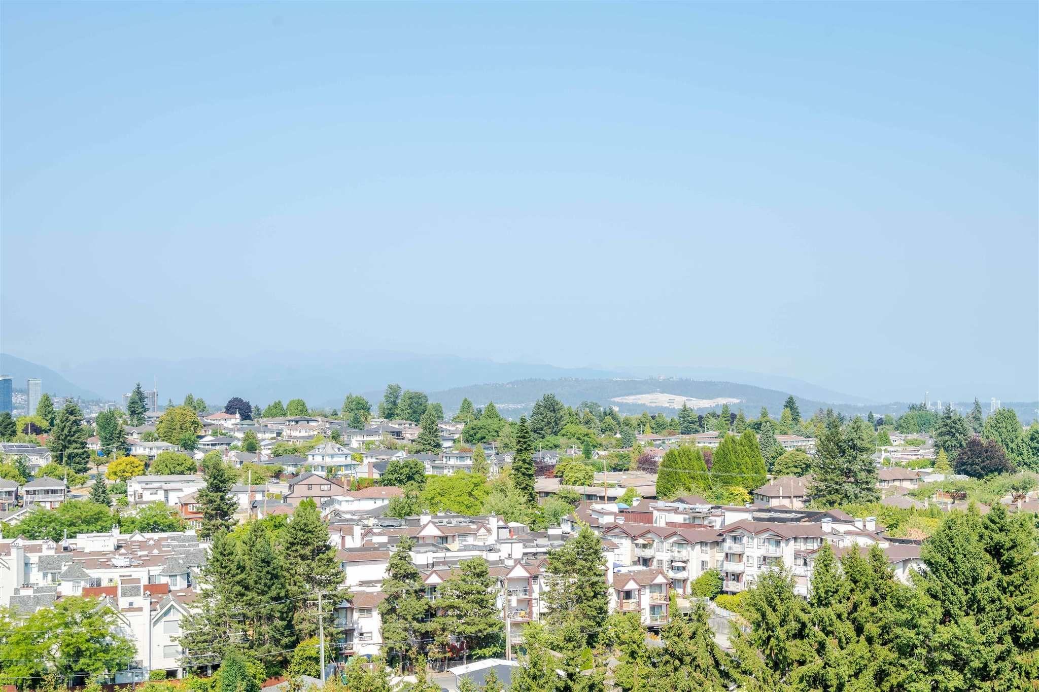 "Main Photo: 1509 5380 OBEN Street in Vancouver: Collingwood VE Condo for sale in ""URBA"" (Vancouver East)  : MLS®# R2608209"