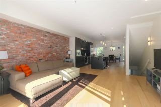 """Photo 4: 2917 WALL Street in Vancouver: Hastings Townhouse for sale in """"Avant"""" (Vancouver East)  : MLS®# R2395706"""