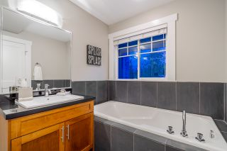 """Photo 10: 782 ST. GEORGES Avenue in North Vancouver: Central Lonsdale Townhouse for sale in """"St. Georges Row"""" : MLS®# R2409256"""