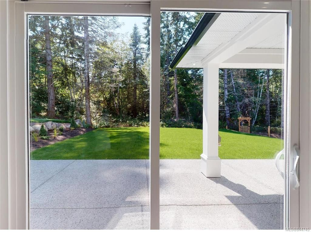 Photo 39: Photos: 2504 West Trail Crt in Sooke: Sk Broomhill House for sale : MLS®# 844745