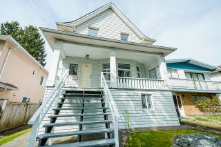 Photo 2: 2075 E 33RD Avenue in Vancouver: Victoria VE House for sale (Vancouver East)  : MLS®# R2614193