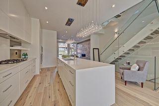 Photo 8: 4130 17 Street SW in Calgary: Altadore Semi Detached for sale : MLS®# C4268415