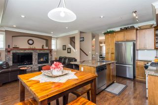"""Photo 4: 43 22225 50 Avenue in Langley: Murrayville Townhouse for sale in """"Murray's Landing"""" : MLS®# R2277212"""
