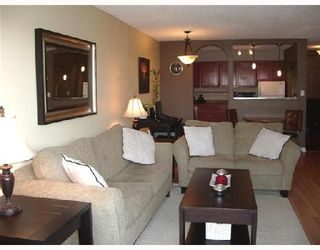 "Photo 2: 304 1775 W 11TH Avenue in Vancouver: Fairview VW Condo for sale in ""THE RAVENWOOD"" (Vancouver West)  : MLS®# V700238"
