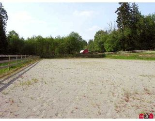 Photo 10: 24140 63RD Avenue in Langley: Salmon River House for sale : MLS®# F2712743