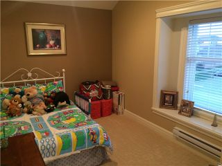 """Photo 9: 19114 68TH Avenue in Surrey: Clayton House for sale in """"CLAYTON"""" (Cloverdale)  : MLS®# F1432356"""
